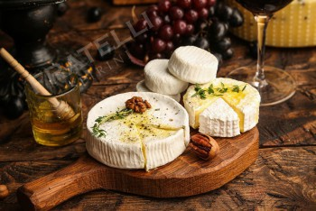 Бри 200 г - Fratelli Spirini - производство сыров в Екатеринбурге